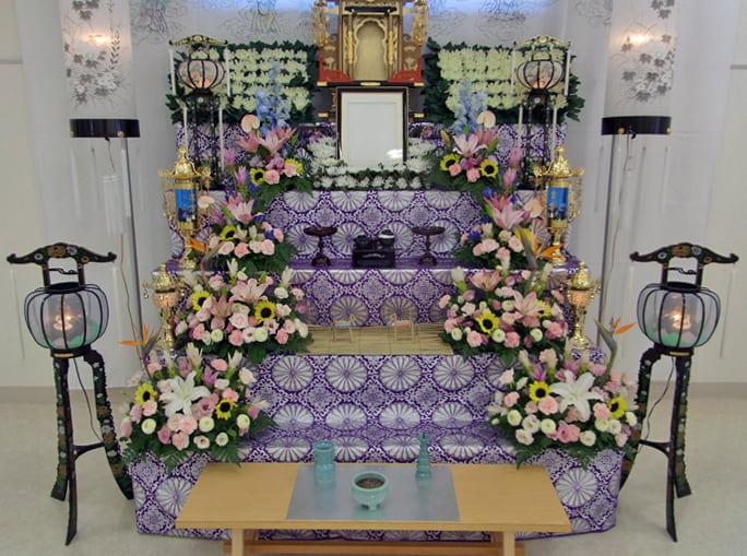 浜松市の初盆 花祭壇