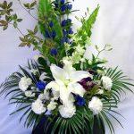 お悔やみ・お供えのお花を贈る
